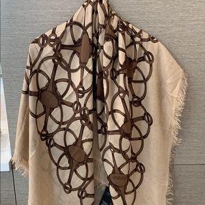 Gucci NWT oversized scarf/shawl